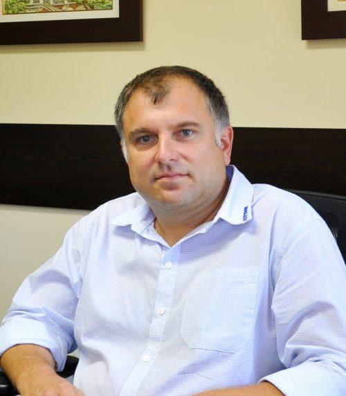 Евгени Иванов : Продавец