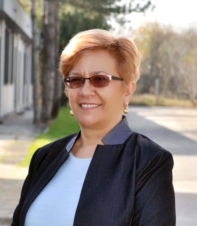 Костадинка Киттнер : Собственик